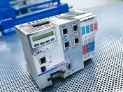 Komplett-Steuerung für Hydraulik und Elektrik