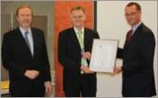 Verleihung der IHK-Ehrennadel in Silber