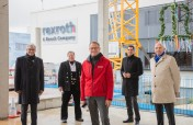 Richtfest für das zweite Gebäude seines Kunden- und Innovationszentrums im Ulmer Science Park