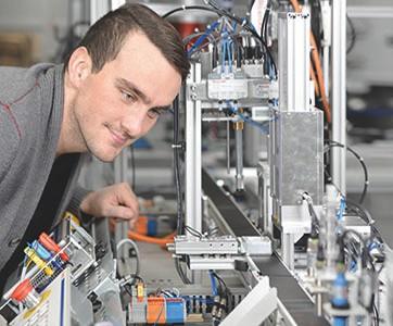 Modulare Automation- und Mechatroniktrainingssysteme