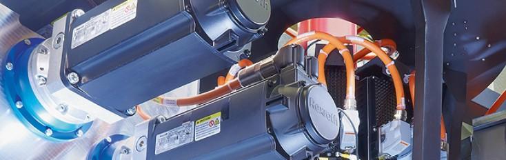 Die Motion-Control-Bewegungssteuerung von Rexroth kann Antriebe über eine SERCOS-Schnittstelle in Echtzeit synchronisieren.