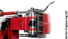 Zukunftsträchtiges HMI für Rohrbiegemaschinen